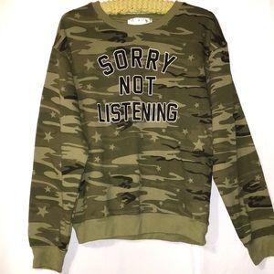 Wound Up Medium 7-9 camo sweatshirt